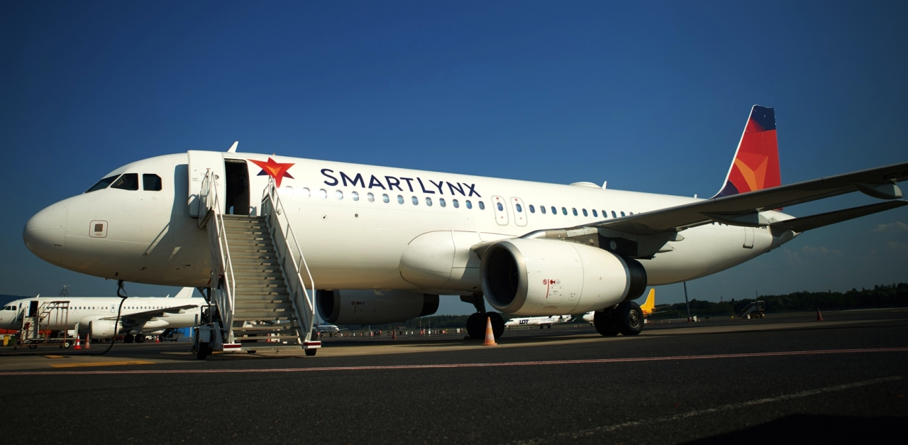 SmartLynx Airlines extends its relationship with AJW Group